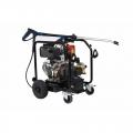 Poseidon  5-54 DE naftový motor